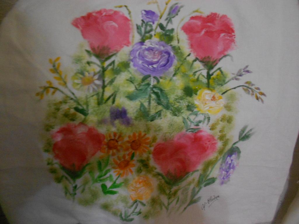 Camiseta de pajaritos y cojines de lino pintados a mano - Cojines pintados a mano ...